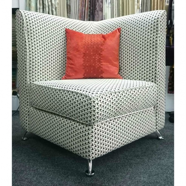 Lady Elle Corner Chair